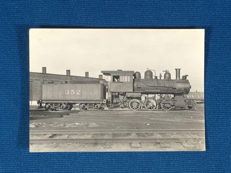 Chicago & North Western Railway Train Engine Locomotive No. 352 Antique Photo