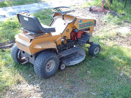 RIDE ON MOWER Adelong Tumut Area Preview