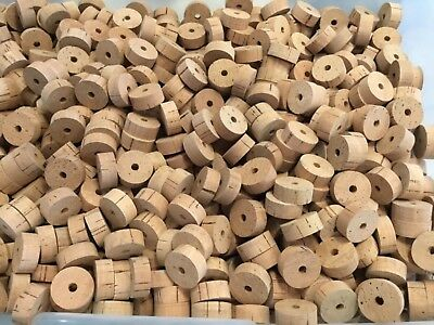 "Cork Rings, 30 Flor Natural, 1 1/4"" x 1/2"" x 1/4"" Hole"