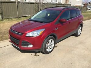 2013 Ford Escape SE AWD 2L.  **FINANCING AVAILABLE**