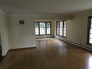3 BDRM HOUSE IN SOUTH WINDSOR $1250+++ JAN 1