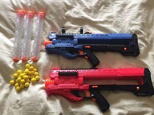 2 NERF rivals ZEUS guns.
