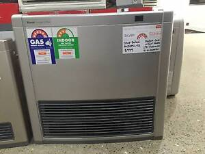 1 x Rinnai Avenger 25Plus Gas Heater - Silver - LPG - Shop Soiled Caringbah Sutherland Area Preview