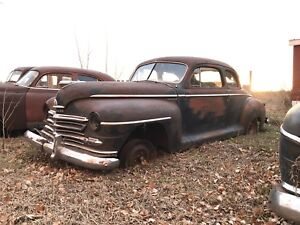 1947 Plymouth Coupe w/4dr parts car