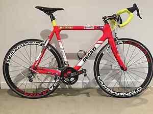 Stunning M/L Custom Principia Carbon Road Bike. North Sydney North Sydney Area Preview