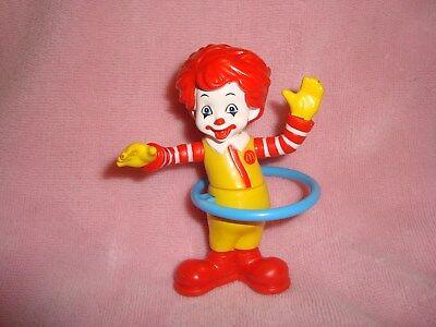 Mcdonalds 2007 Toddler Toy Ronald McDonald with Blue Hula Hoop 3.5