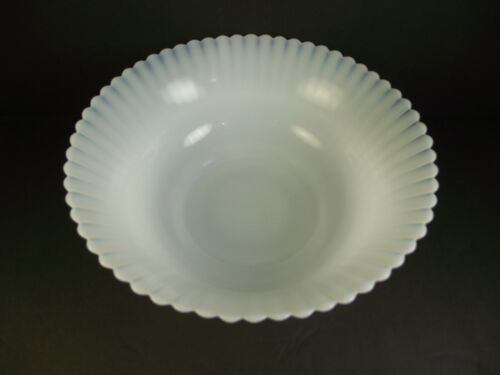 "Macbeth-Evans Monax Petalware 8.75"" Serving Bowl  (item#a1)"