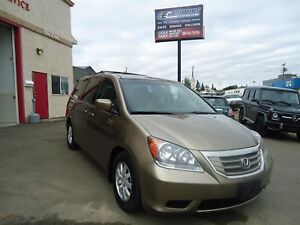 2008 Honda Odyssey Ex-L, DVD Player, Leather, Heated Front Seats