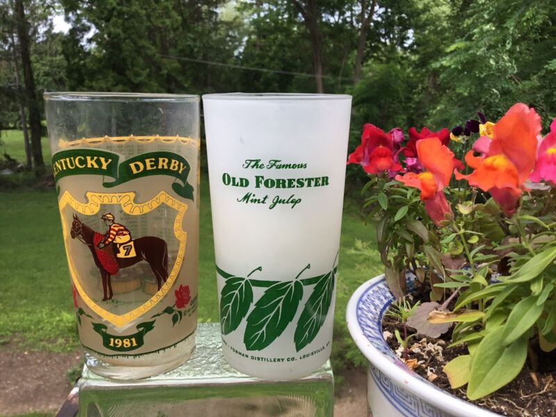 KENTUCKY DERBY OLD FORESTER MINT JULIP FROSTED GLASS   + A DERBY GLASS