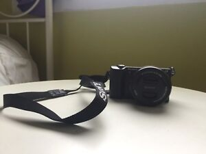 Sony camera and a memory card 128GB for sale