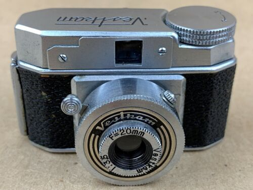 Vestkam Subminiature Camera Hit Type Made in Occupied Japan - Nice Vintage !