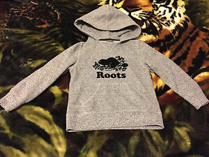 Roots salt and pepper hoodie size 5T
