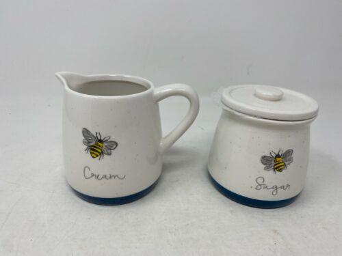 New Honey Bee Creamer & Sugar Set By Heartland Cer0819-921