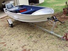 Savage Gull 7.5hp. Mercury & Reg. Alluminium Fold up trailer. Temora Temora Area Preview
