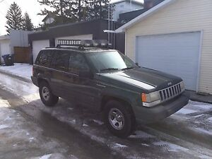 Jeep Grand Cherokee ZJ 5.2L **REDUCED DAILY DRIVER**
