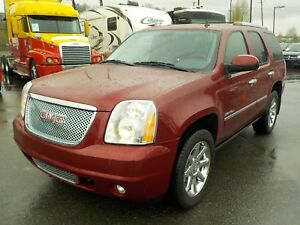 2011 GMC Yukon Denali 4WD 3rd row seating