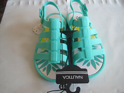 Nautica girls sandals. size 11