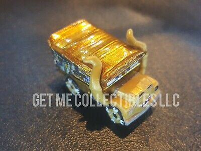 DISNEY PIXAR CARS DIE CAST MINI RACERS GOLDEN MISS FRITTER LOOSE FREE SHIP $15+