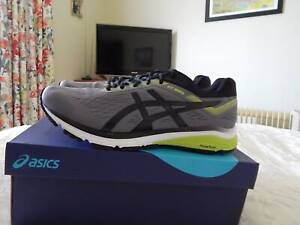 Asics Gel GT-1000 7 mens shoes, size 10.5 US, brand new in box