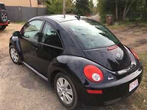 2010 VW BEETLE..LOWERED PRICE
