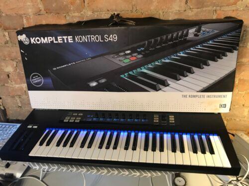 Native Instruments Komplete kontrol s49 USB Midi keyboard controller