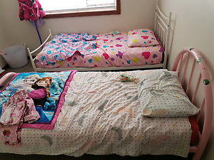 kids beds used condition Windaroo Logan Area Preview