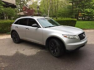 2006 INFINITI FX35 (Tech Package) - Clean Title