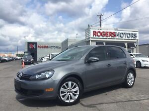 2012 Volkswagen Golf 2.5 - 5SPD - HTD SEATS - BLUETOOTH