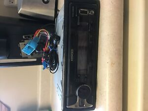 Kenwood stereo with Bluetooth