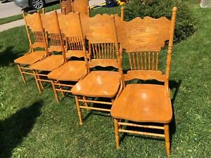 Oak dining chairs - antique
