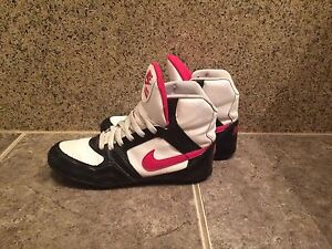Nike Greco size 9 shoes