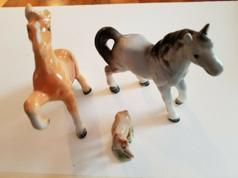 Vintage Miniature horse Figurines  ~ Set of 3 ~