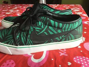 Nike skateboarding shoes Size 9.5