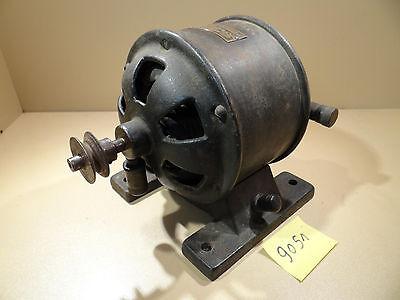 Großer Antiker Elektromotor , Antriebsmotor BGS / Dampfmaschine / Antriebsmodell