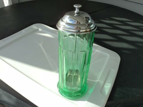 VINTAGE TRANSPARENT GREEN STRAW JAR