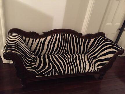 Sofa chaise lounge