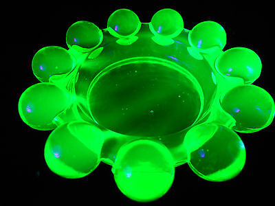 Green Vaseline glass candlewick imperial pattern salt dip / cellar dish uranium