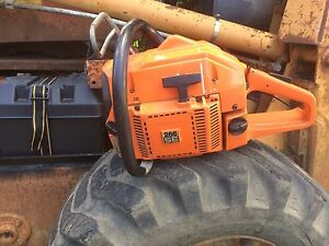 Husqvarna 266 SE chain saw