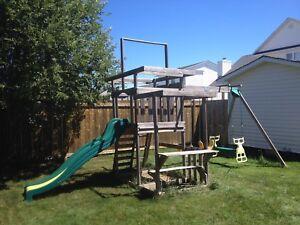 Tree house /swing set
