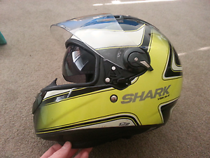 SHARK vision-R Helmet and RST  ventilator II  Riding jacket Valley View Salisbury Area Preview