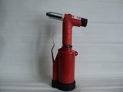 Industrial Air Pneumatic Riveter