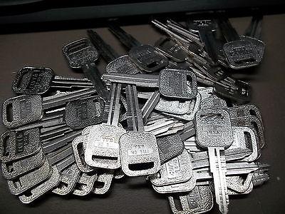Curtis Key Blank B53 Lot Of 50 Key Blanks