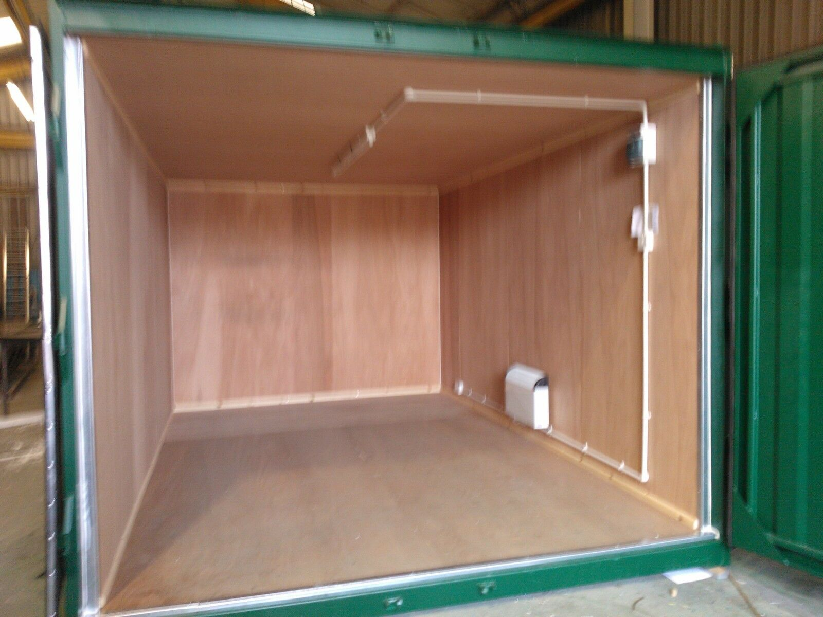 Containers and Cabins 4U