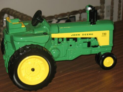 Unique Enesco American Favorite John Deere Diesel 730 Cookie Jar Tractor w/ Box