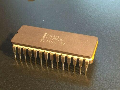 Vintage Intel D8251A USART in ceramic DIP: unused