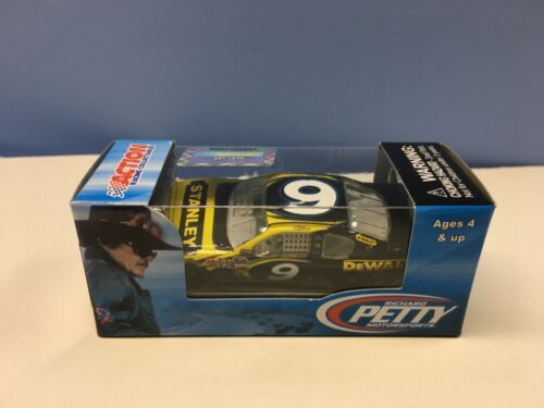 2012 Action 1/64 Marcos Ambrose #9 Stanley Fusion