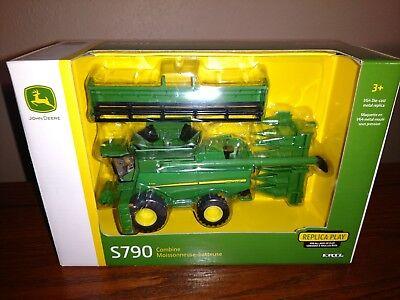 1/64 Ertl Farm Toys / S790 Combine ()
