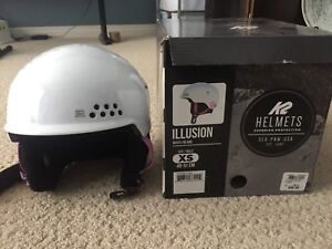 Youth ski helmet
