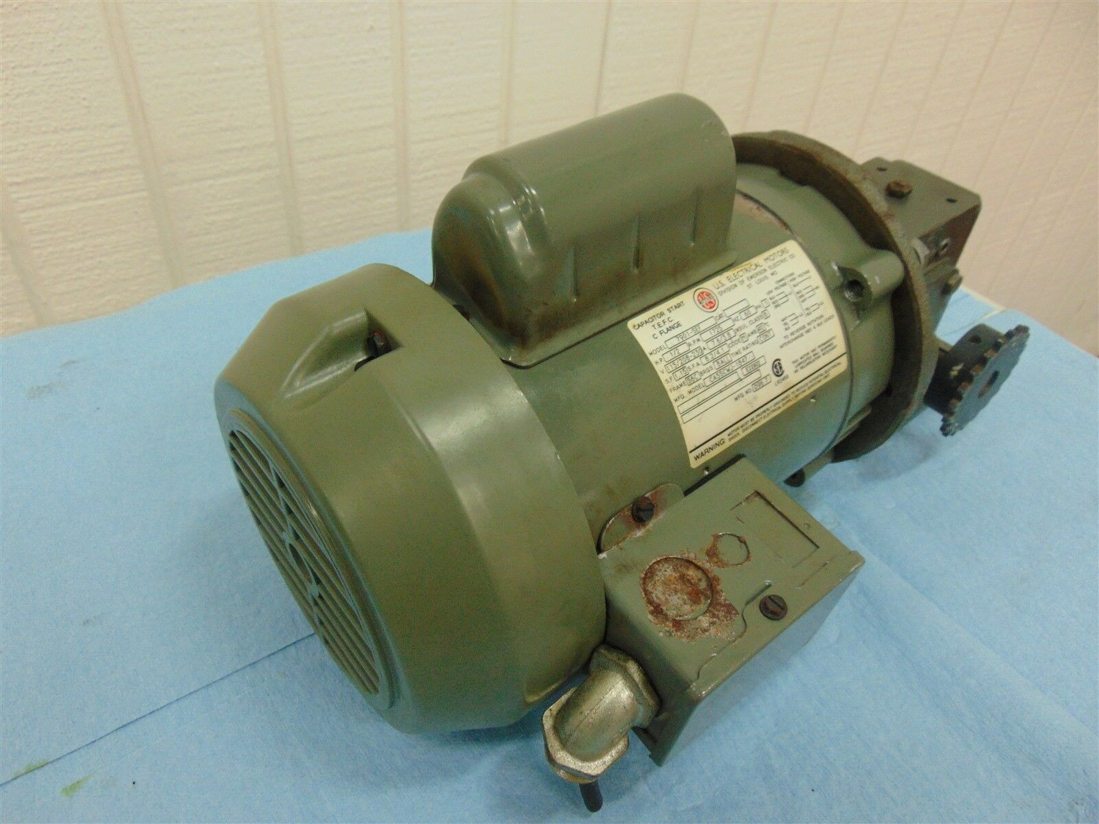 U.S. Motors 7901-SEF Electric Motor 1/2 HP Fr: 56C 7.6/3.8A 115/208-230V 1725RPM
