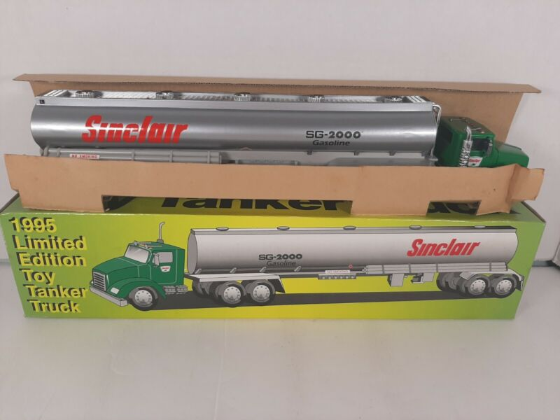 1995 Sinclair Limited Edition Toy Tanker Truck-New in Box